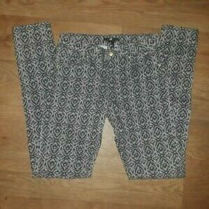H & M Jeggings Size 4 Mid Rise Ankle Cropped